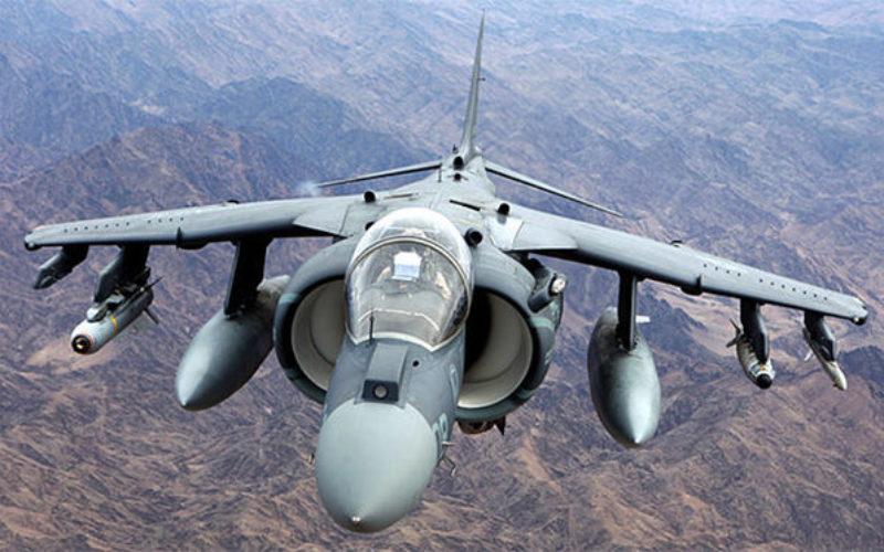 米国のハリヤー戦闘攻撃機が原因不明の墜落