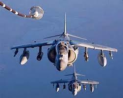 米国のハリヤー戦闘機が原因不明の墜落