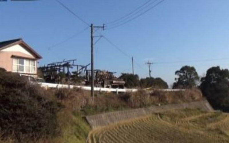 長崎県西海市西海町川内郷の住宅から出火して2人が死亡