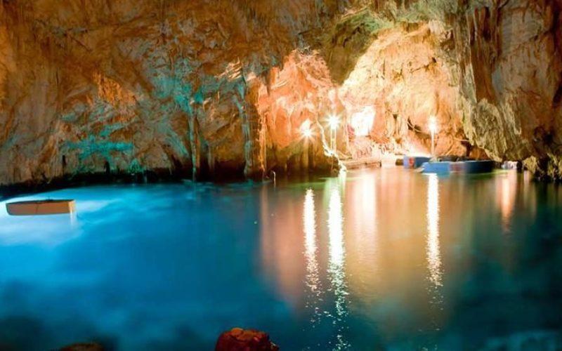 ナポリのシビルの洞窟