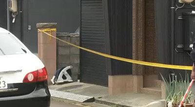 新潟県長岡市で母親の再婚相手で義理の父親を刃物で刺殺した高校生を逮捕