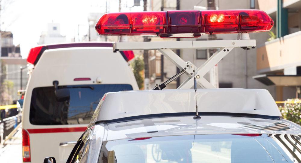 堺市八田の交差点で乗用車と大型トレーラーが激突し泥酔の自家用車の男逮捕