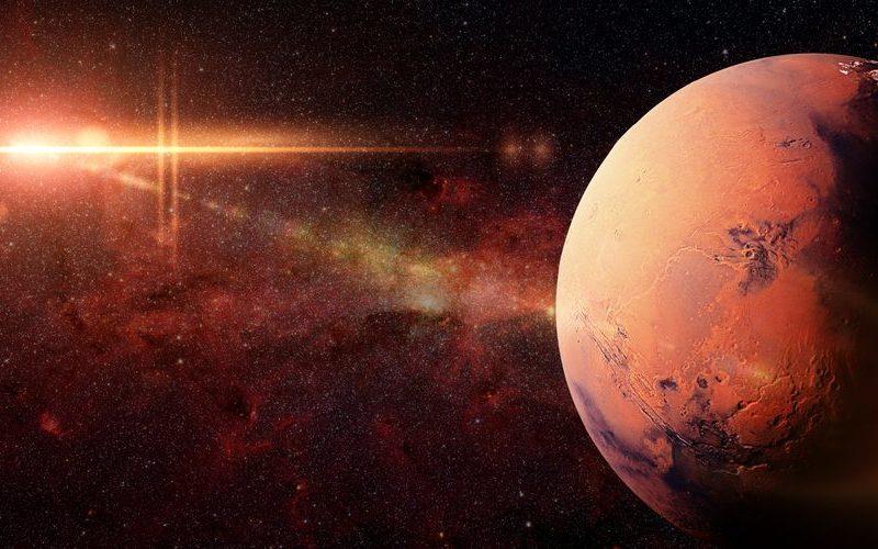 火星に雨が降り水と氷がある