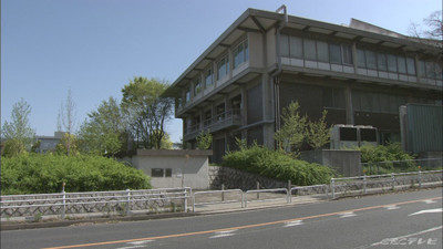 名古屋市千種区高峯町の駐車場で頭から血を流して倒れている男性