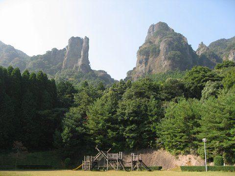佐賀県武雄市の山林で性別不明の白骨遺体