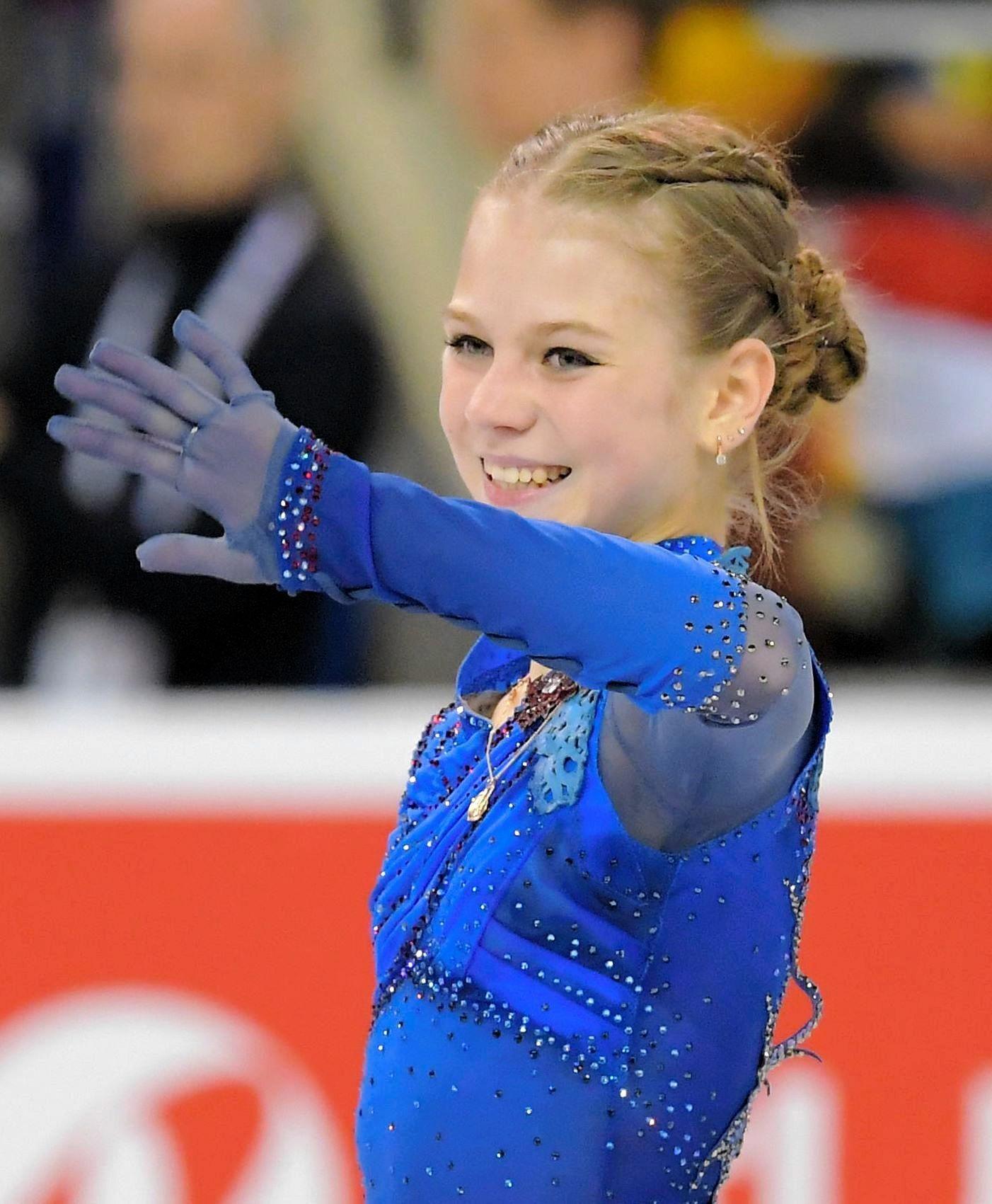 羽生結弦選手とカナダの女子トルソワ選手が同時に4回転ジャンプを披露