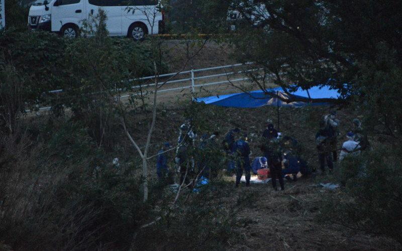 愛知県西尾市鵜ケ池矢作古川の河川敷でトランクに入れられた遺体