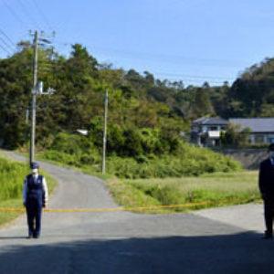 千葉県館山市の住宅で三歳の女児が首を絞められ死亡
