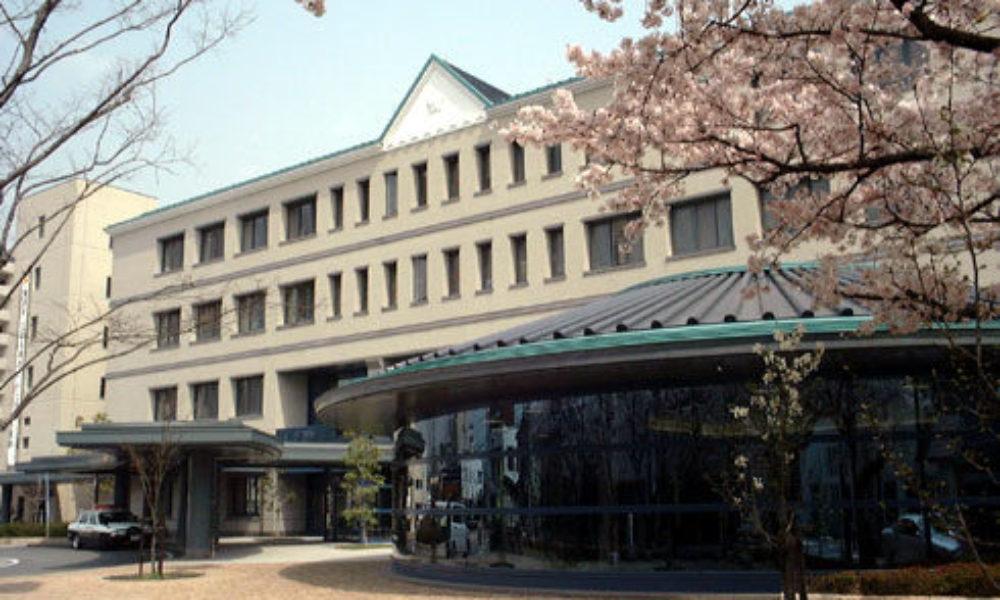 三重県津市芸町にある住宅に2人組みの強盗