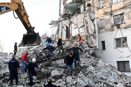 バルカン半島西部アルバニアでマグニチュード6.4の巨大な地震