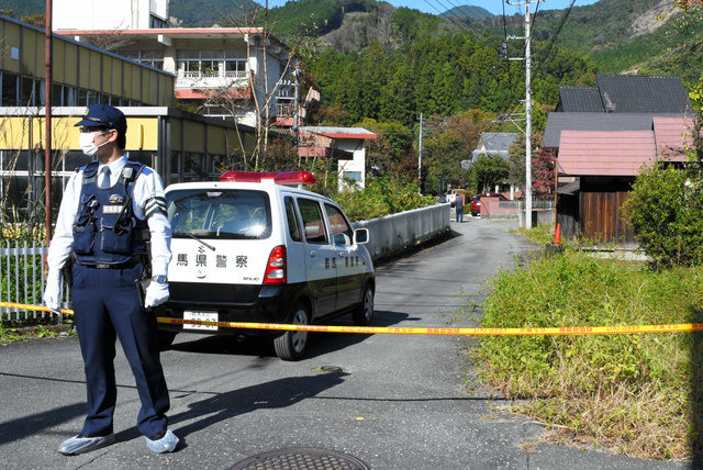 群馬県桐生市菱町五丁目の住宅で男女の刺殺事件