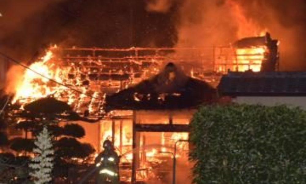 茨城県水戸市の住宅から出火して焼け跡から二人の遺体