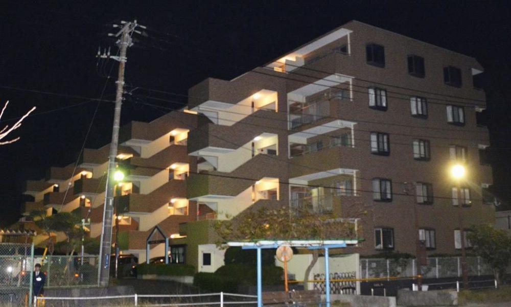 神奈川県横須賀市のマンションで鋭利な刃物で刺された男性の遺体