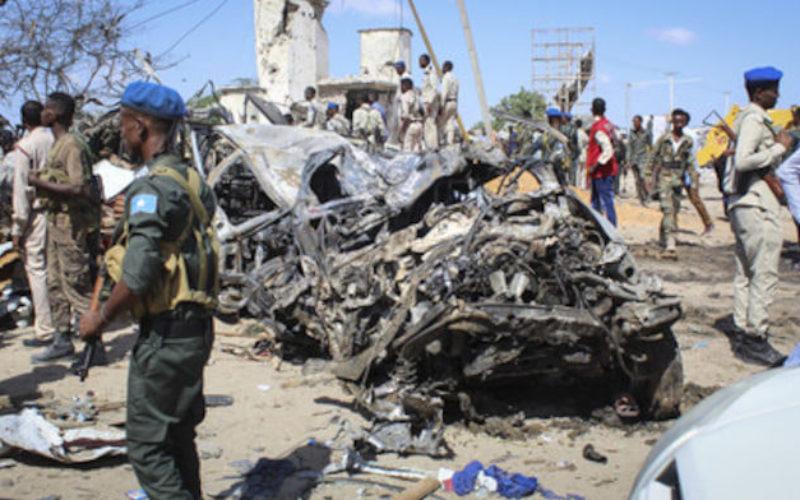 アフリカ東部にあるソマリアの首都で大規模な爆発テロ