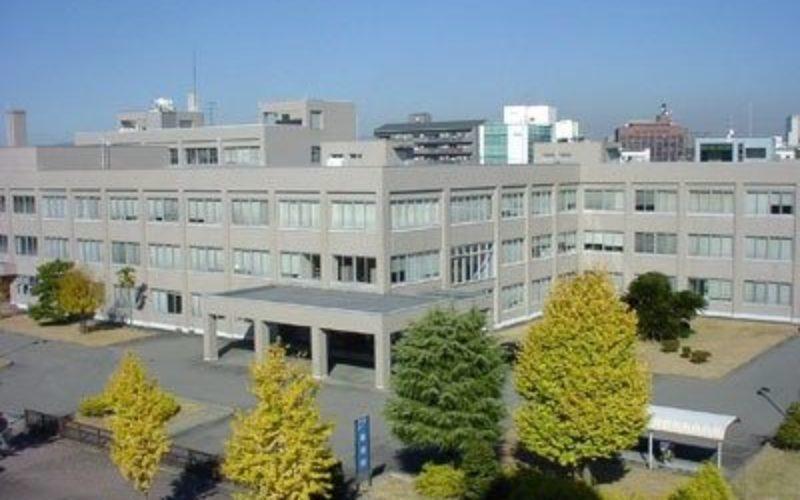 伊賀警察署の元巡査が住宅に侵入して窃盗を働いた罪の裁判