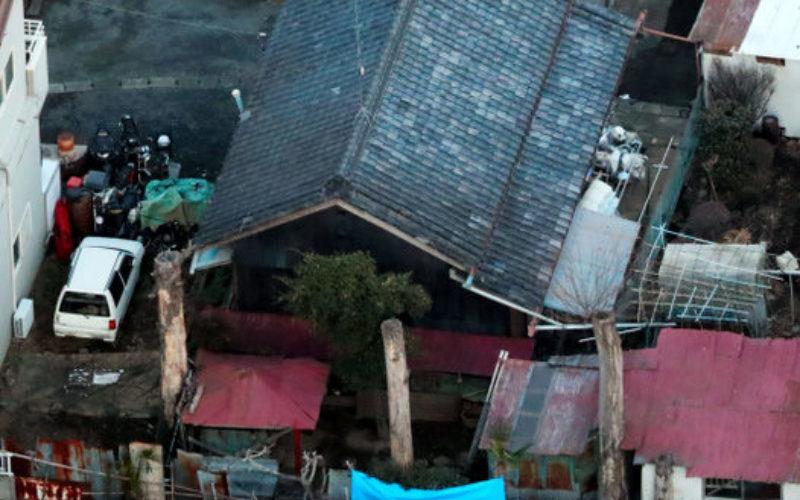 埼玉県深谷市にある借家の敷地にシートに包まれた白骨化した3遺体