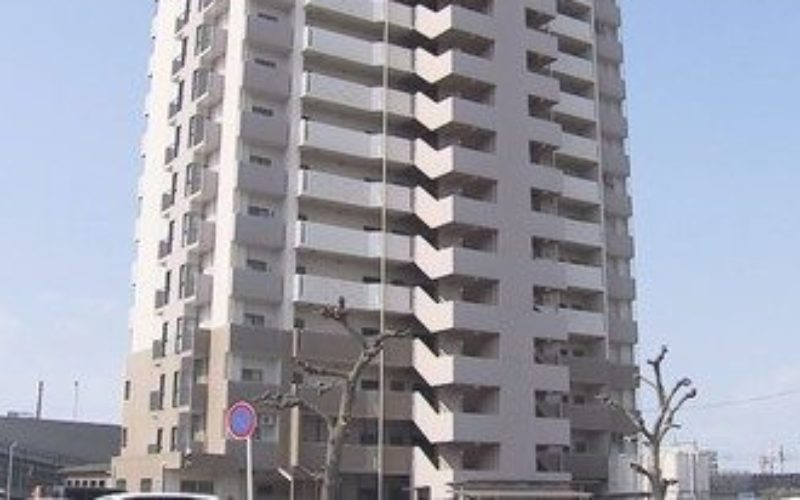 岐阜県羽島市福寿町にあるマンションで高齢女性が殺害されている遺体