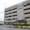 埼玉県蕨市にある自宅の室内で同居している男性に暴行を加えて殺害