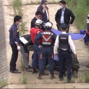 福島県郡山市にある逢瀬川の水面に浮いている男性が発見され死亡確認