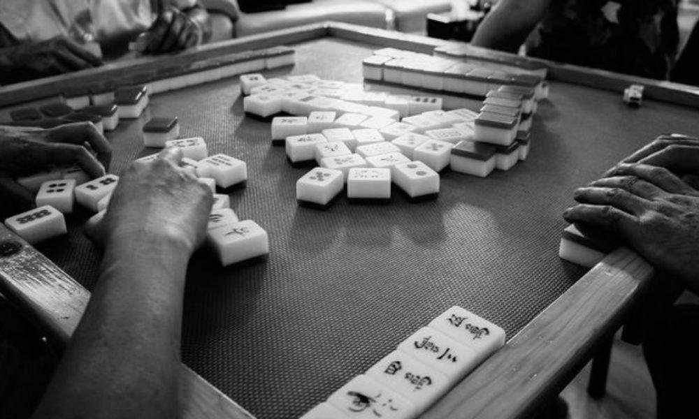 東京高検検事長が新聞記者らと賭け麻雀