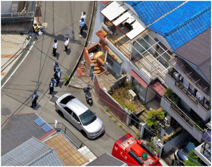 兵庫県宝塚市の密集している住宅地で4人が殺傷されるボウガン事件