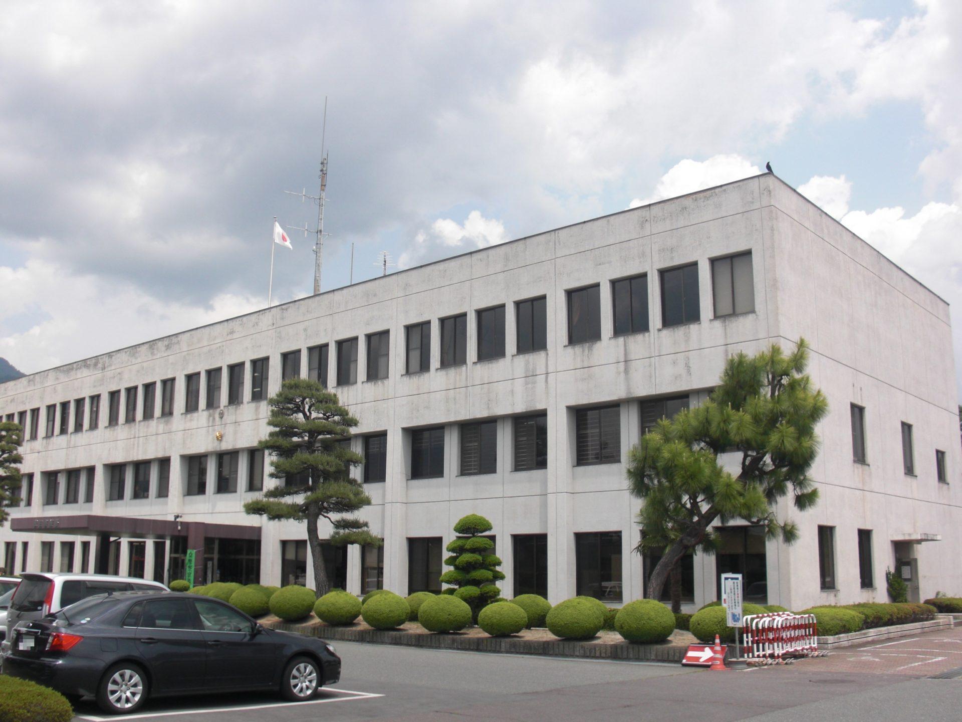 長野県飯田市のアパートで殺害された後に財布を奪った強盗殺人の裁判