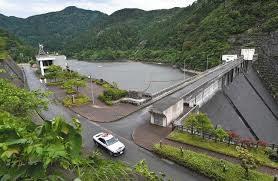福井県坂井市にある龍ヶ鼻ダムで湖面に浮いていた男性の遺体