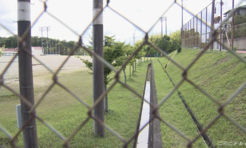 岐阜県各務ヶ原市にある公園の側溝で男性の遺体