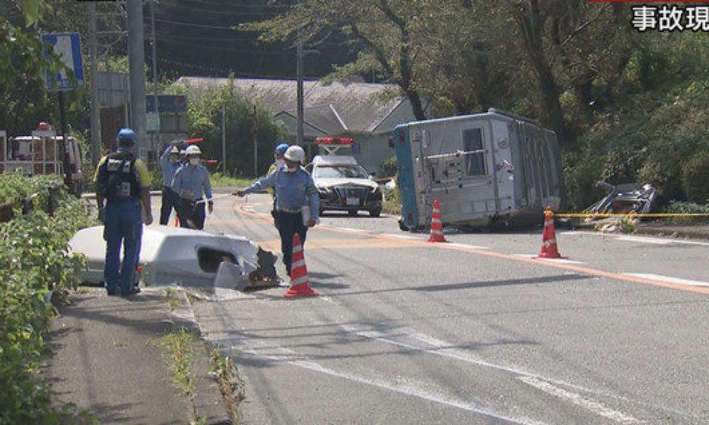静岡県熱海市にある県道でキャンピングカーが横転する死亡事故