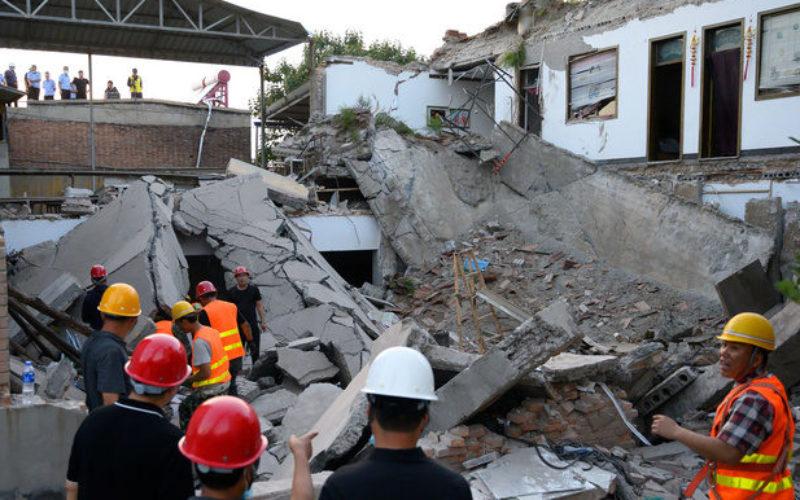 中国北部のレストランで屋根が崩落して29人が死亡