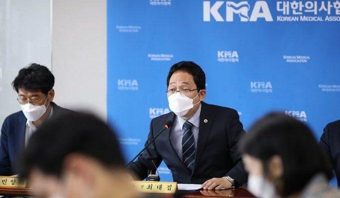 韓国でインフルエンザワクチンの予防接種を受けた国民が死亡