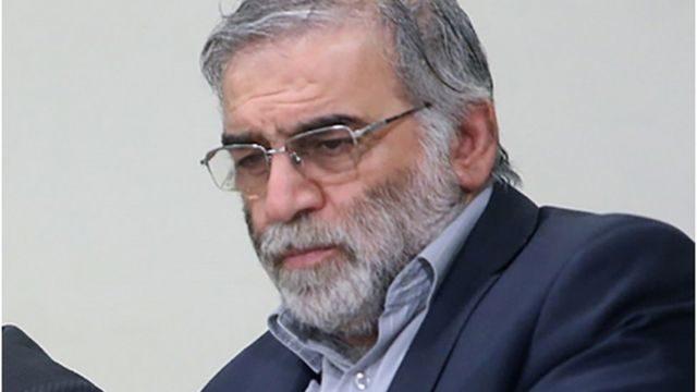 首都テヘランの近郊で核科学者が武装集団に襲撃されて死亡