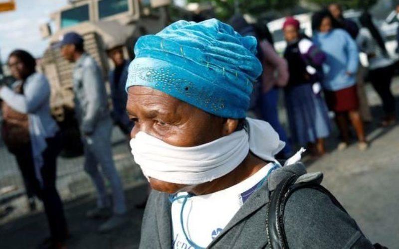 南アフリカでコロナウイルスの変異種が発見され拡大の恐れ