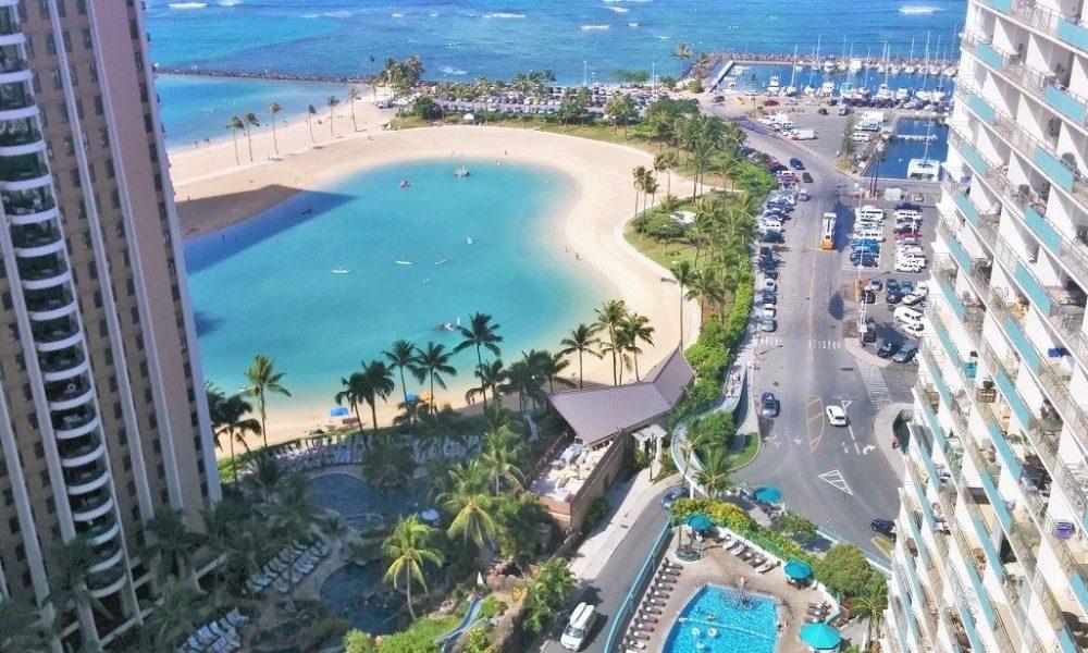 ハワイのホテルで女性にわいせつな行為をした日本人旅行者を逮捕