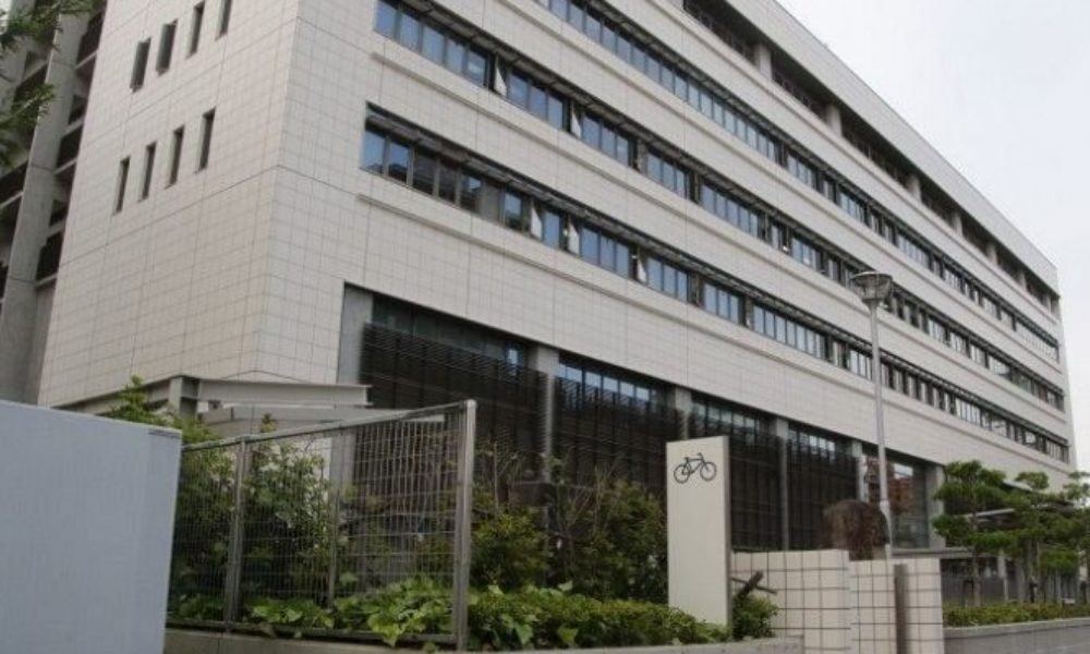 岡山弁護士会に所属している弁護士が勤務先の女子トイレで盗撮