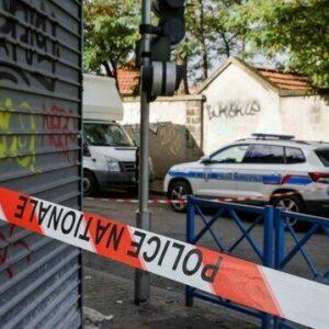 フランス南部の港湾都市で部屋の窓から落ちた箱に頭部の遺体