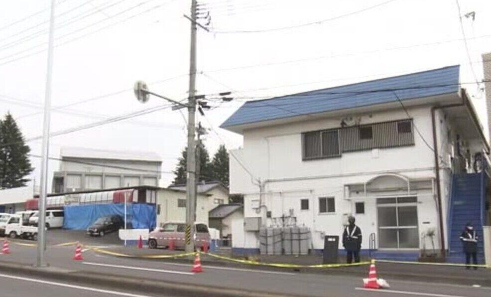 須賀川市の住宅に拳銃と日本刀を持って侵入していた男を発見し逮捕 3