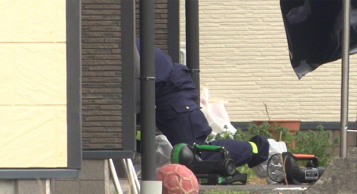 熊本県熊本県八代市宮地町のアパート敷地内で女性が刺されて死亡