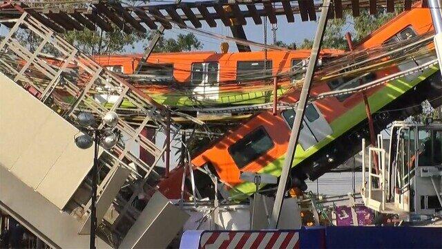 メキシコで高架橋を通過中の列車が崩落し20人が死亡して70人が重軽傷