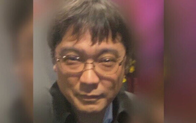 大阪市北区天神橋のテナントビルでカラオケパブ店主刺殺事件