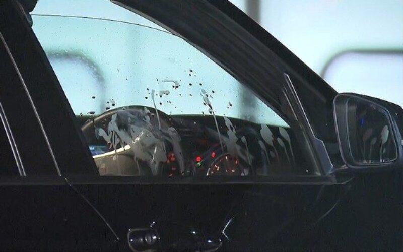 茨城県のコンビニ駐車場で車に同乗していた女性が男に刃物で刺され死亡