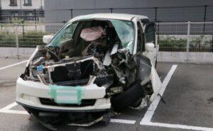 岡山県倉敷市の国道2号線で乗用車がガードレールに激突し5人が死傷